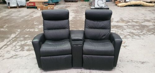 iMG NORWAY Black leather recliner (Twin seater) with arm rest in the middle