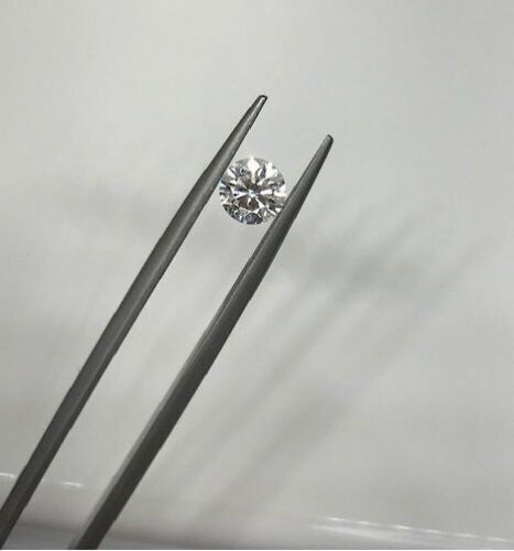 1 Loose 0.72ct Si2/F Round Brilliant Cut Diamond *Fracture on girdle