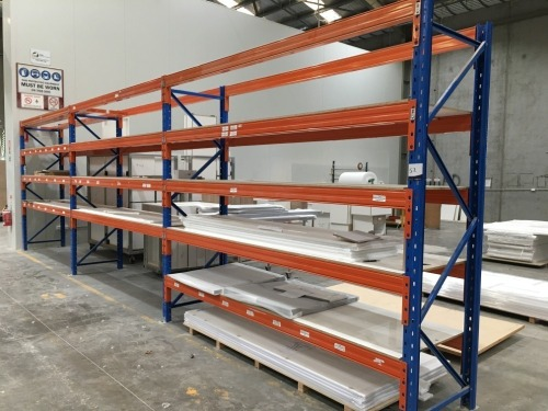 Pallet Racking, 4 Upright Frames 2700mm H x 830mm W & 26 Beams at 3040mm & 10 Chipboard Shelves