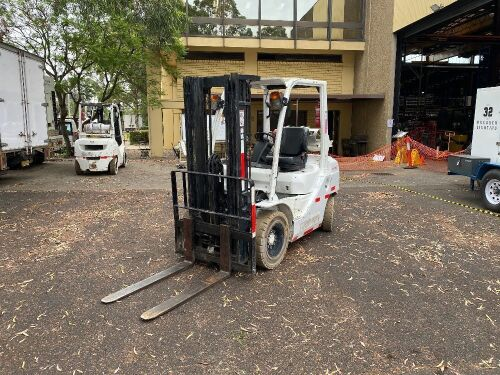 2010 Toyota 32-8FG25 4 Wheel Counterbalance Forklift *RESERVE MET*