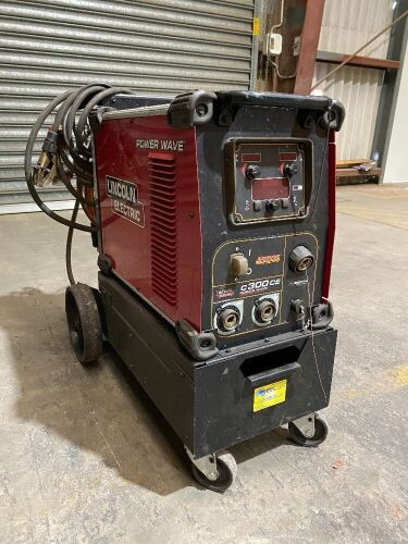 Lincoln Electric Power Wave C300CE Arc Welder *RESERVE MET*