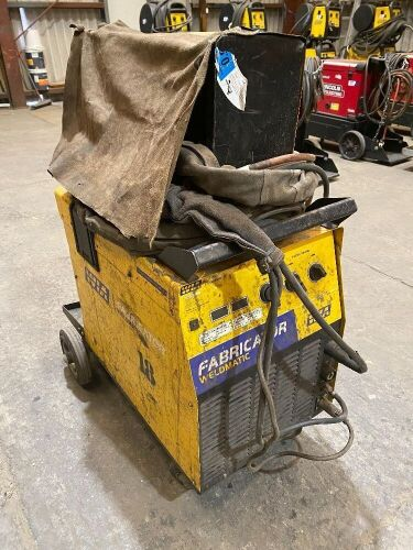 WIA Weldmatic Fabricator CP117-2 Welding Machine *RESERVE MET*