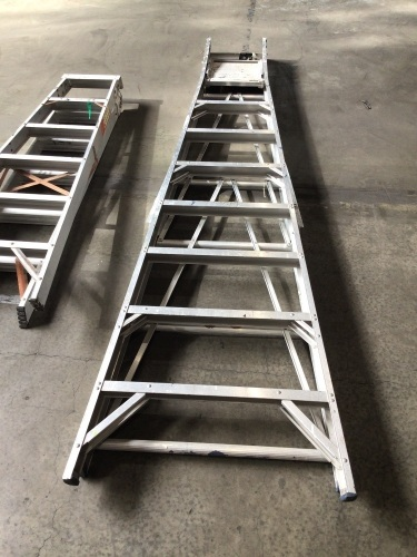 Set of 2 ladders 3 meter and 1800