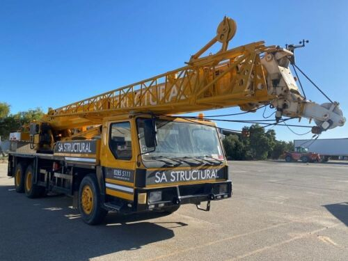 2006 XCMG QY25K Hydraulic Mobile Crane