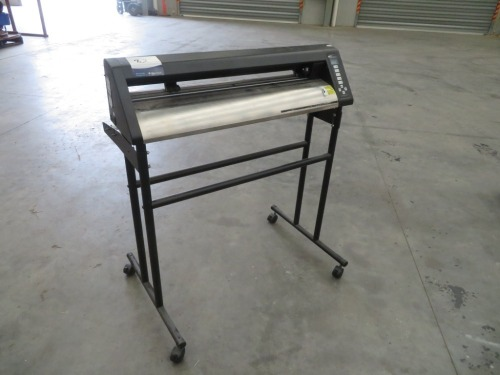 Vinyl Cutter, Make: APD Extreme, Model: PD3000,