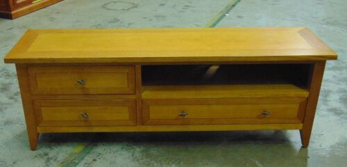 3 Drawer 1720 Entertainment unit - Dims 1720W x 480D x 600Hmm - Golden ( Teak ) finish