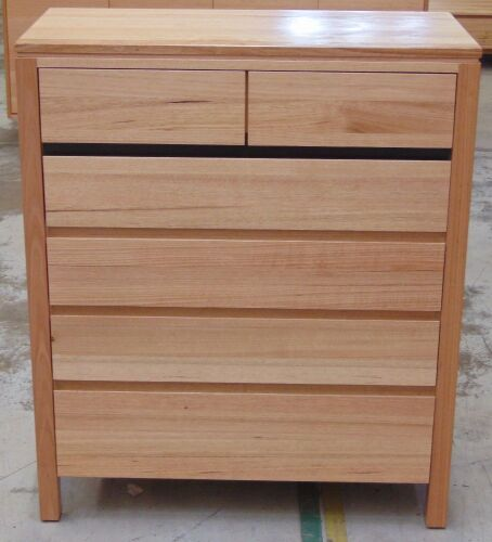 6 Drawer Timber Tallboy ( Oak finish ) - Dims 950W x 450D x 1120Hmm