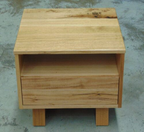 Single Drawer Bedside Table ( Oak Finish ) - Dims 550W x 550D x 500H mm
