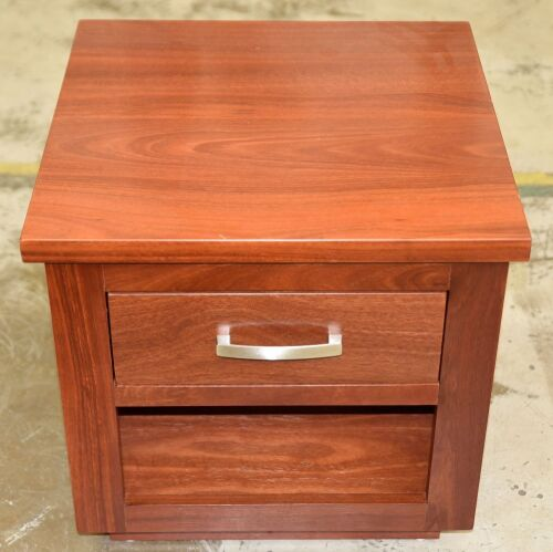 Single Drawer Bedside Table - Dimensions 600W x 595D x 580Hmm