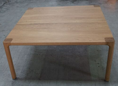 Molloy Coffee Table - Oak / 800mm x 800mm