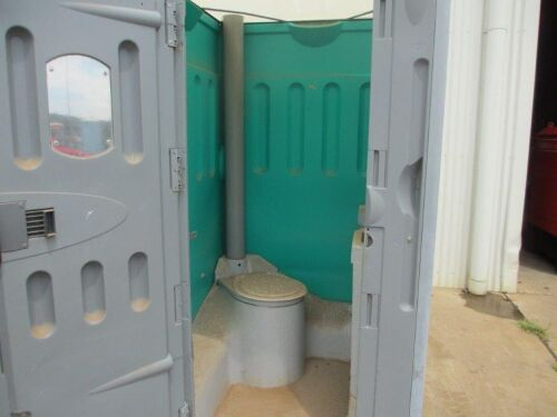 Portable Toilet - Fresh Water Flush