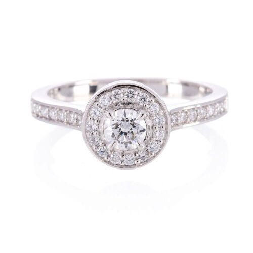 One ladies 18wyg solitaire engagment ring with round diamond TDW=0.40ct