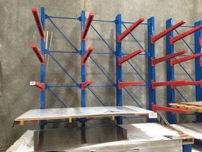 Canterlever Style Stock Racking, 4 Upright Frames, 16 Arms. (16T total rack capacity)