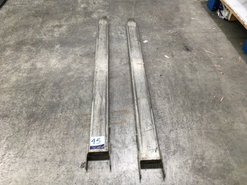 East West Engineering Forklift Extension Slippers, 2000Kg capacity