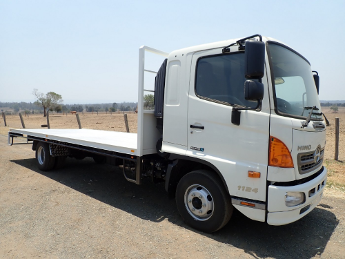 2016 Hino FD500, 7JL-1124 Tray Body Truck (Location: Haigslea, QLD)