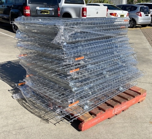 Wire Mesh Deck Shelving (Aprox. 30 per pallet)