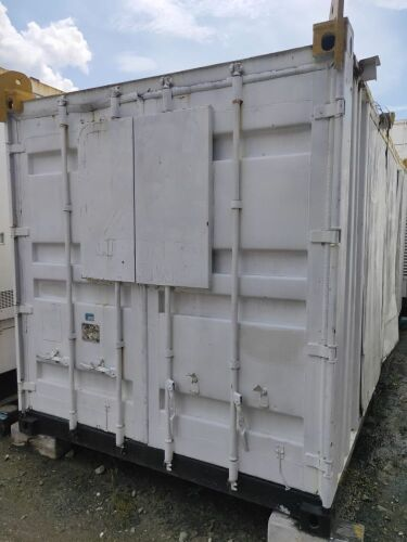 Used - 2002 Caterpillar 3412 Sound Proof 719 KVA - 04BZ05016 (Depo Balikpapan, Kalimantan )