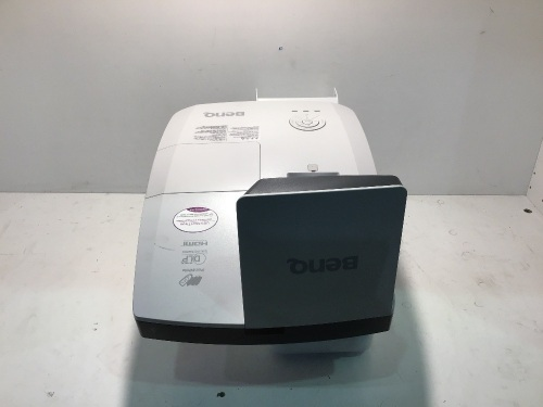 BenQ MW853UST Ultra Short Throw Education Projector