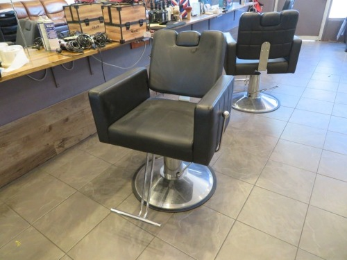 Adjustable height Hairdressing Chair