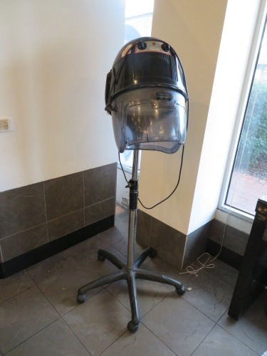 Ceriotti Glob 3000 Hair Salon Bonnet Dryer, 240 volt on adjustable height mobile stand