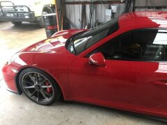 2017 Red Porsche 911 GT3 991 Automatic Coupe with only 3,657 Kilometres - 10